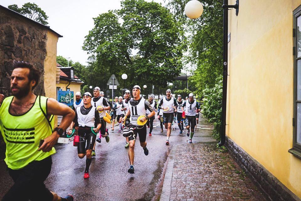 Starten 2016. Foto: Långholmen Swimrun.