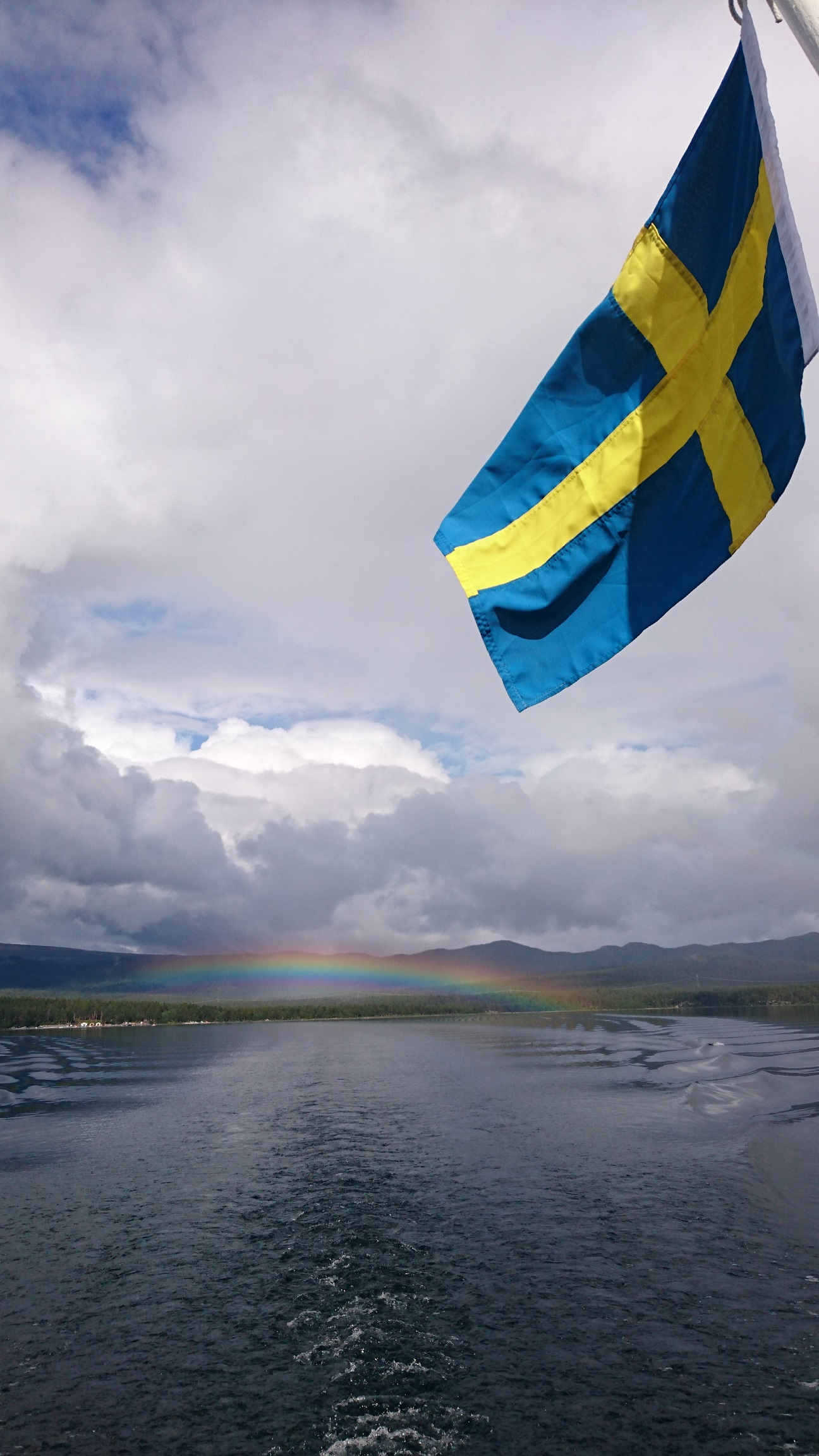 Svensk prajd vid Saltoluokta.