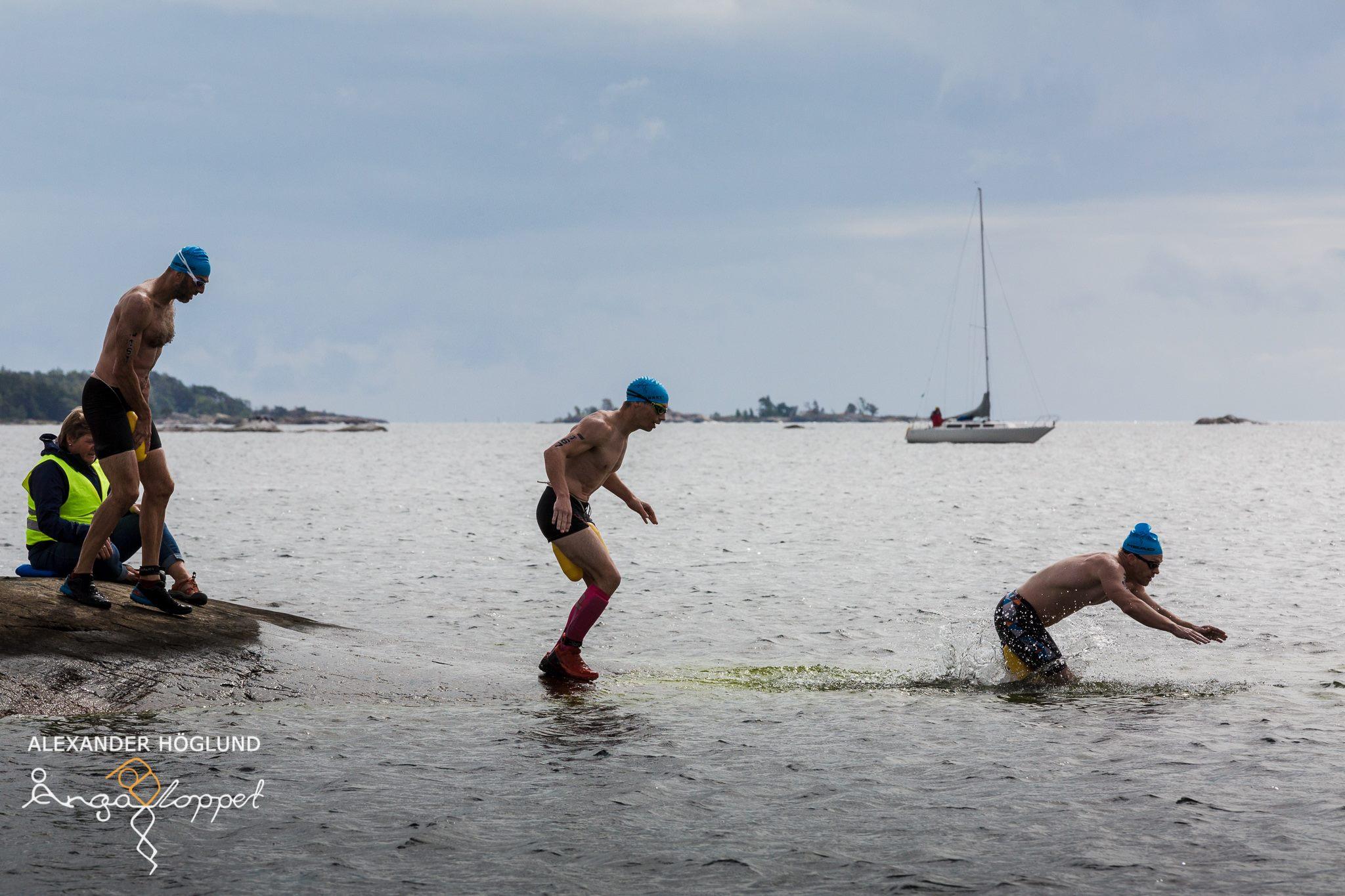 Joakim Perani, Tomas Granberg och Andreas Ribbefjord på halaste klippan.